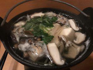 LARGO きのこの湯豆腐